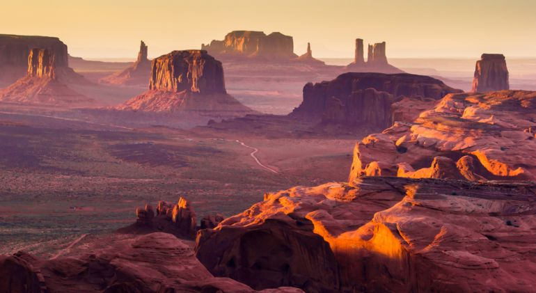 monument valley shutterstock 162256070