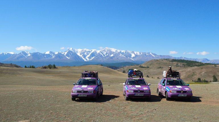 Kluci z Třebíče vybrali peníze na charitu a vyrazili na Mongol Rally