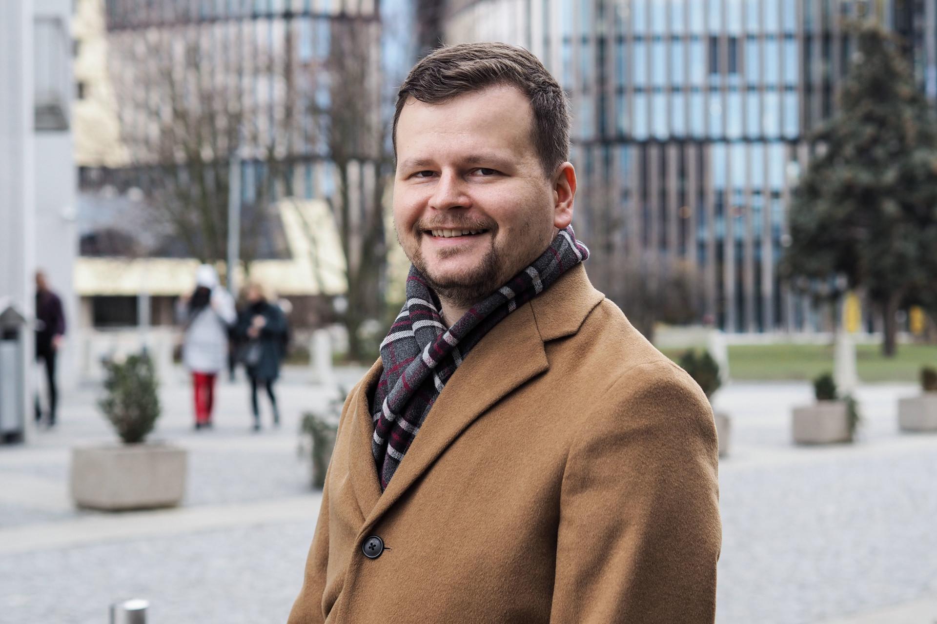 Pojem občanská žurnalistika upřímně nesnáším, říká Filip Rožánek