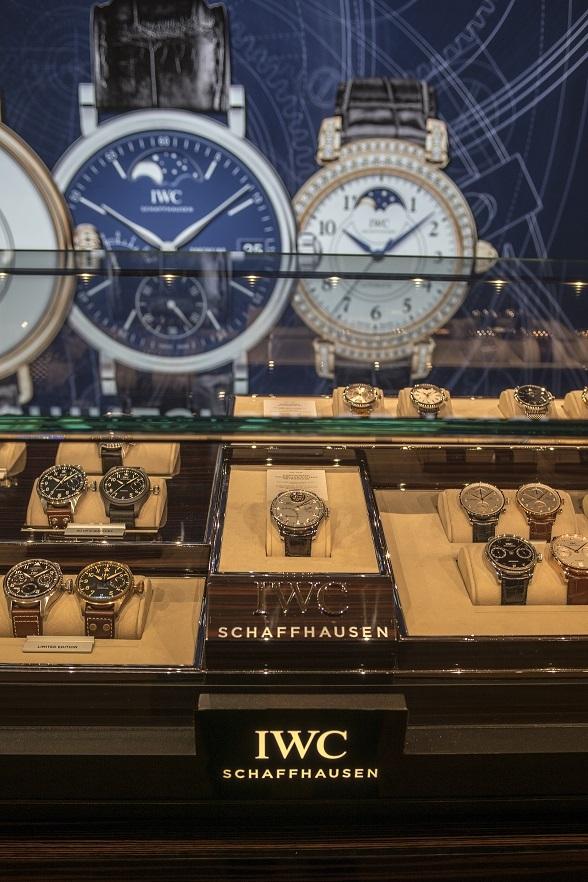 83c319bd3 Český trh s luxusem zažívá rozkvět, hodinky rostou dvouciferně - Flowee