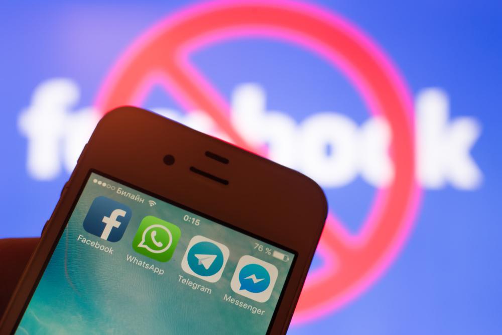 Facebook zařízl dvě ruské dezinformační sítě ve východní Evropě