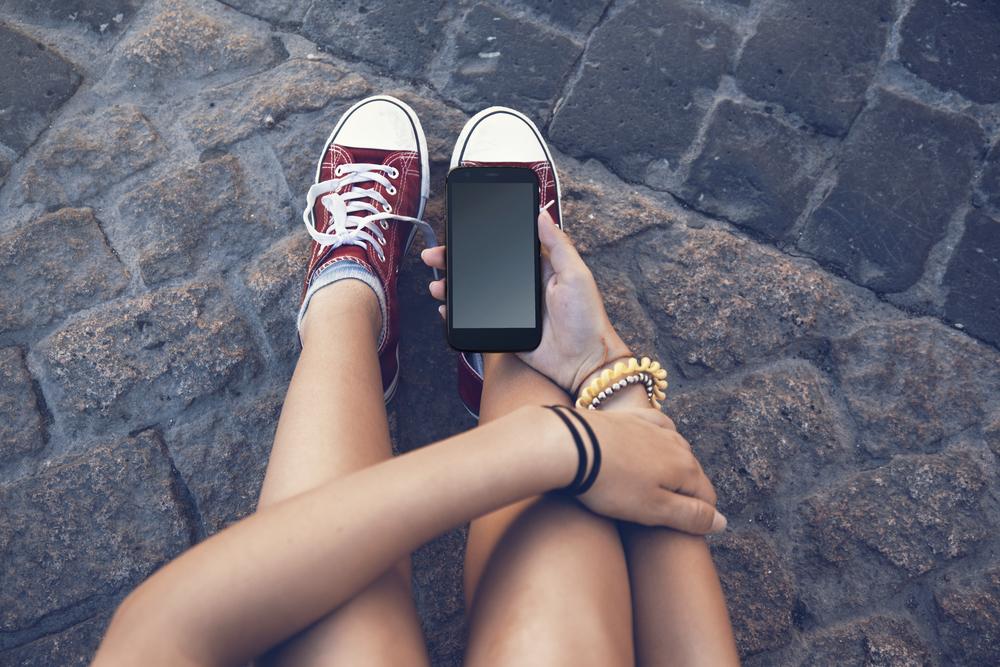Teenager s vámi nekomunikuje? Pošlete mu textovku