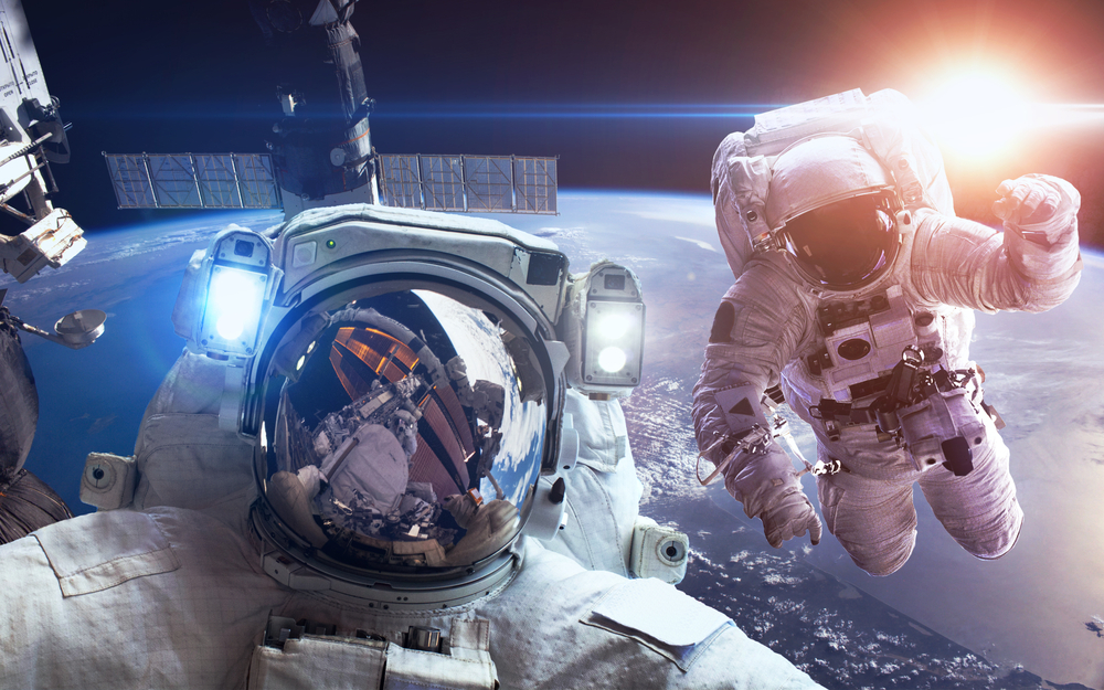Instruktor NASA boří mýtus: Gravitace existuje v raketě i na ISS