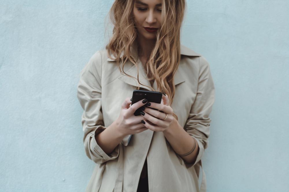 Čtyři miliony Čechů tráví na Facebooku přes dvě hodiny denně