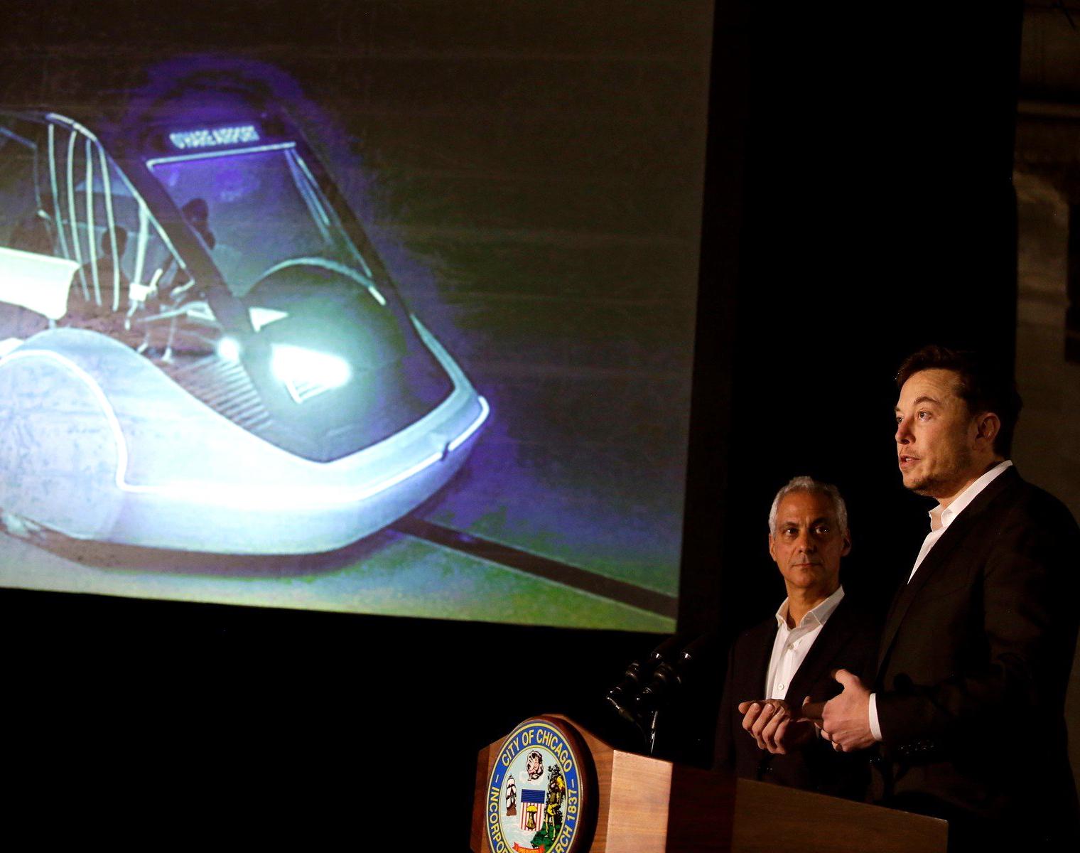 Elon Musk si už zase plní sen: tentokrát je to rychlodráha