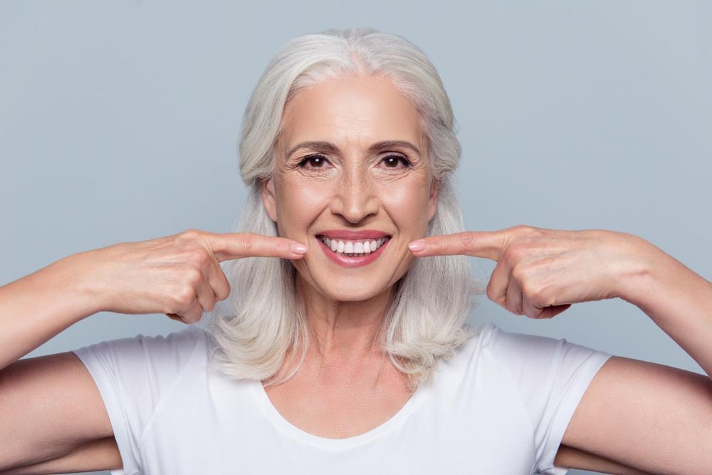 Konec zubních protéz? Třetí zuby půjdou jednoduše vypěstovat