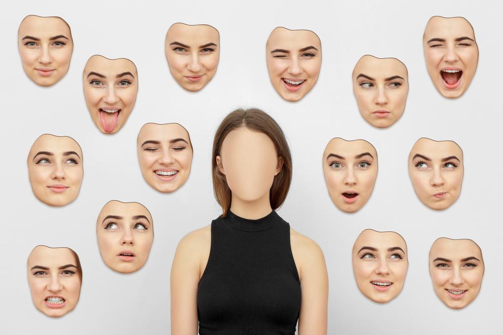Umělá inteligence možná časem dokáže číst emoce. Ale pochopí je?
