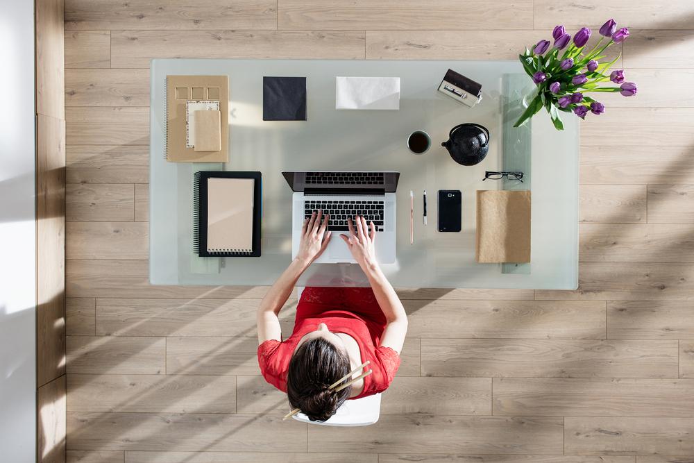 Šest věcí, bez kterých se pracovní stůl neobejde