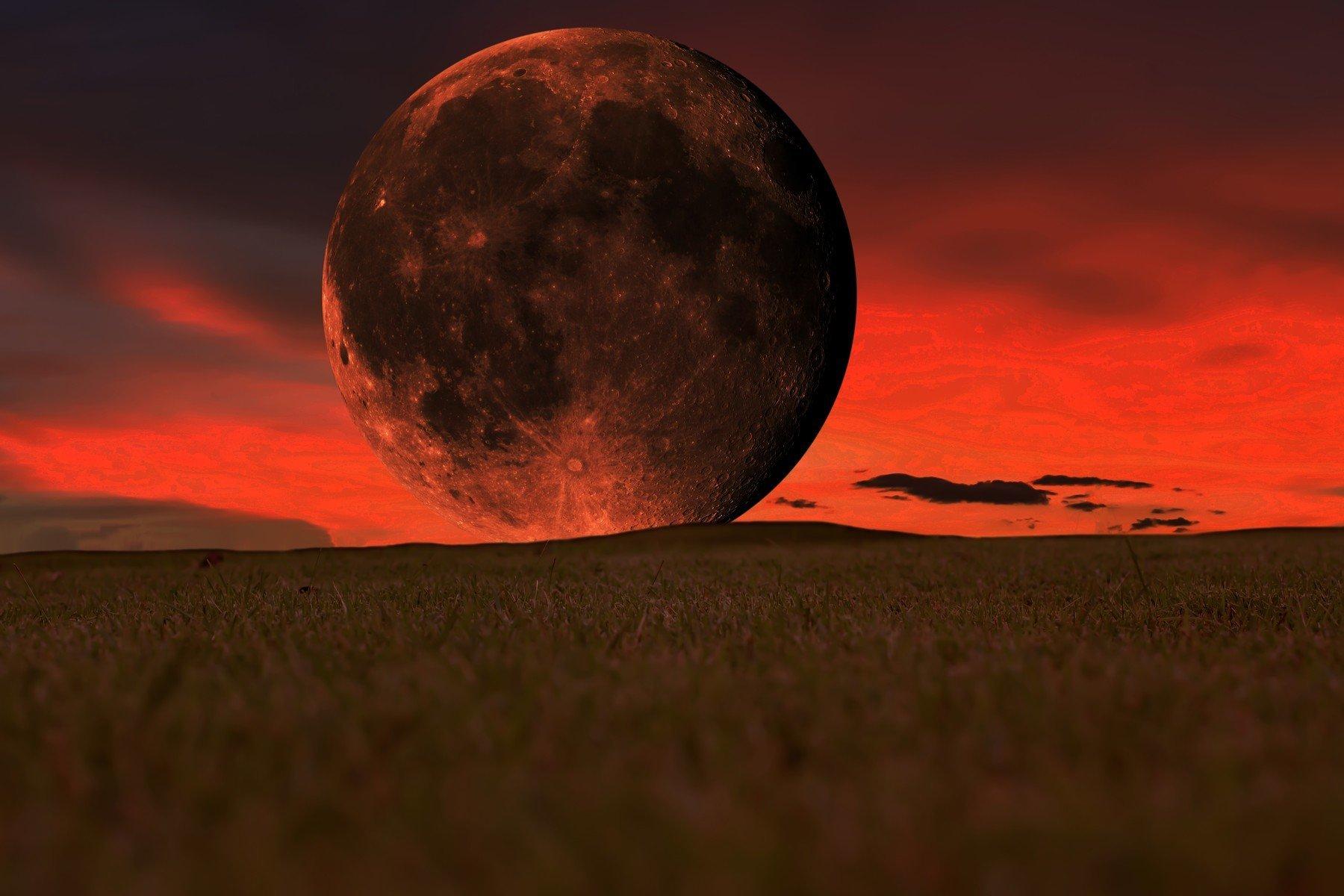 Nepropásněte dnes v noci zatmění Měsíce. Letos poprvé a naposledy